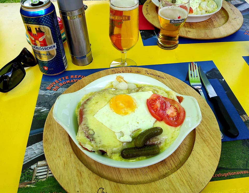 """Our famous swiss dish called """"croûte au fromage"""" and a beer. Not be the best way to break keto !"""